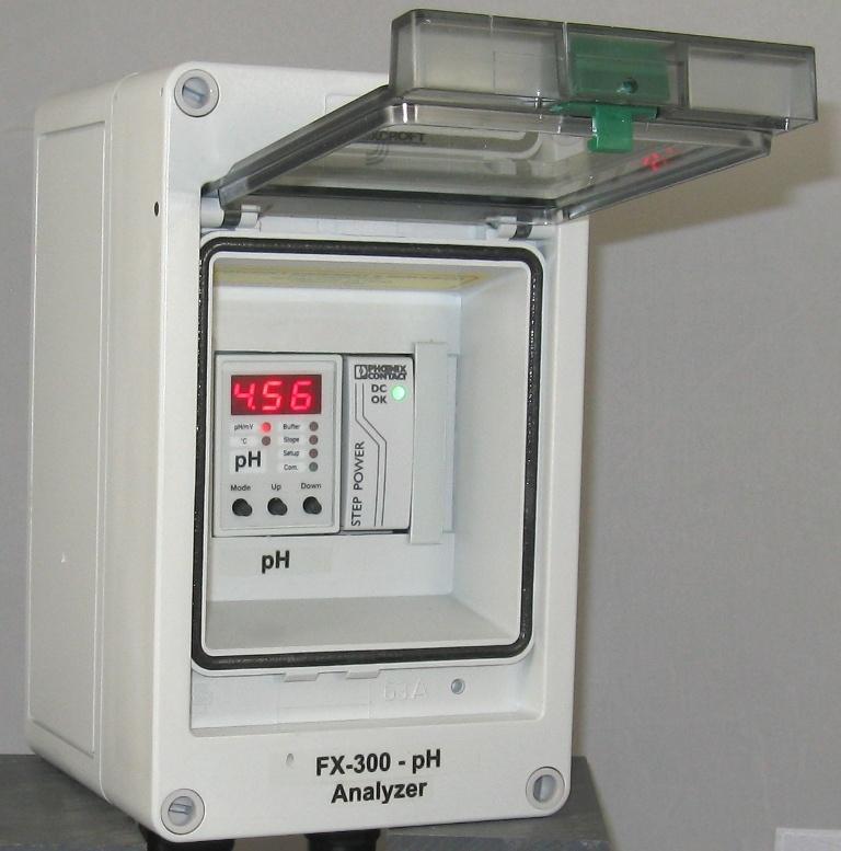 Foxcroft pH transmitter.jpg