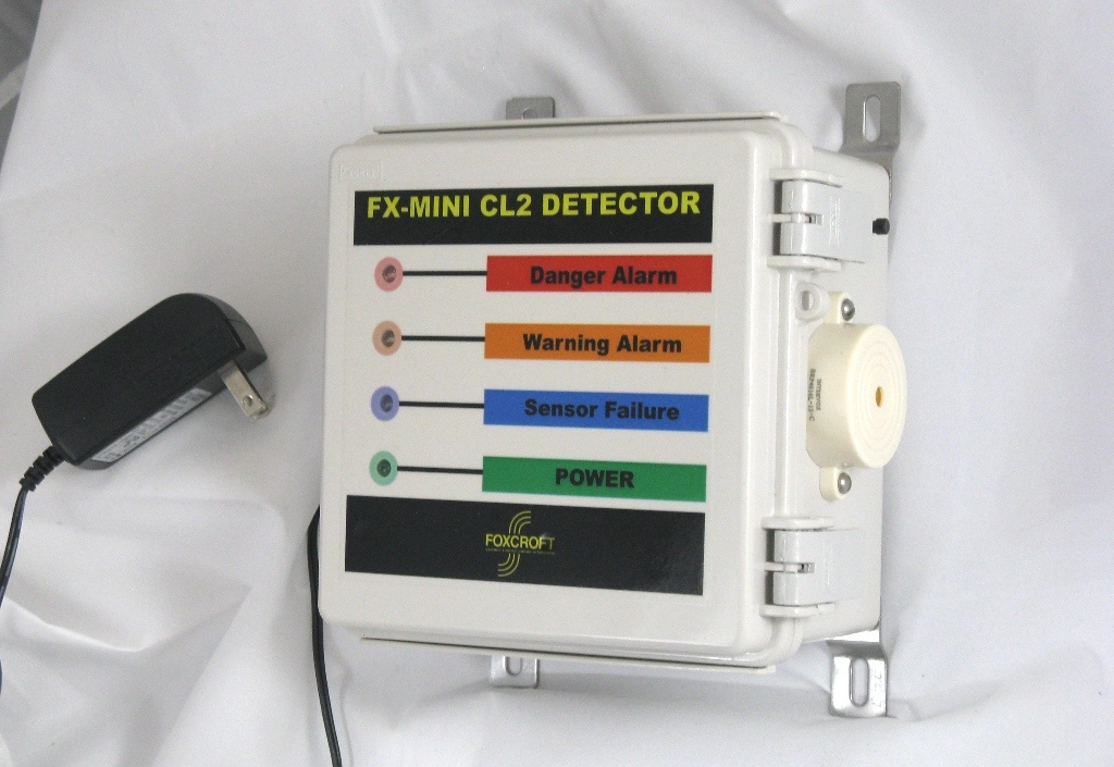 Foxcroft FX-Mini economically priced chlorine gas detector .jpg